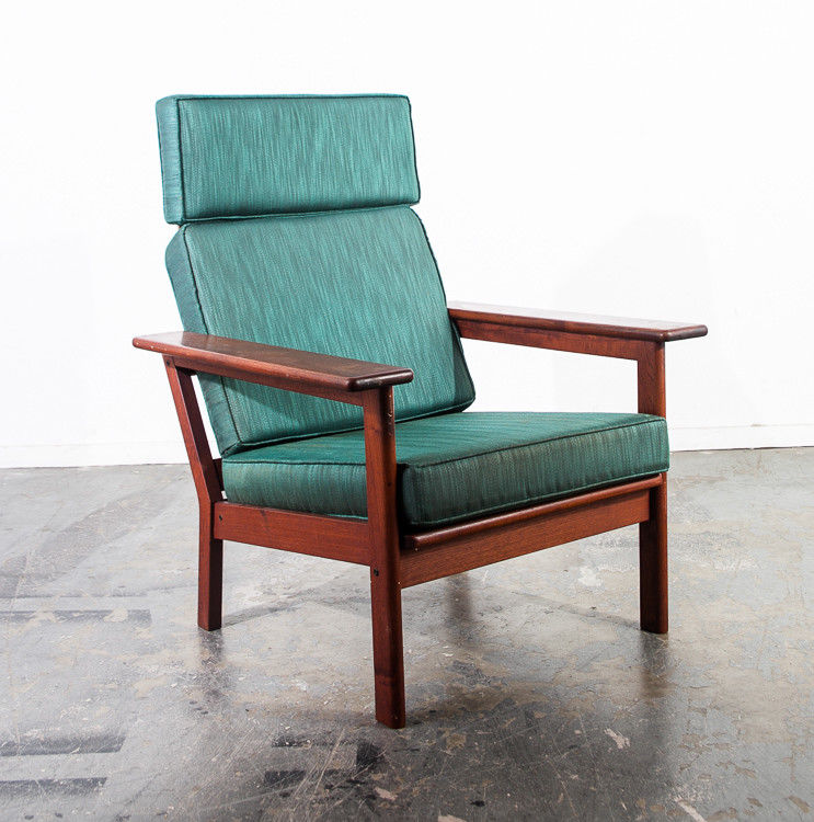 Mid Century Danish Modern Lounge Chair Solid Teak Mid