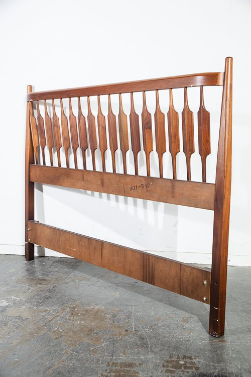 mid century modern headboard bed drexel mid century sacramento. Black Bedroom Furniture Sets. Home Design Ideas