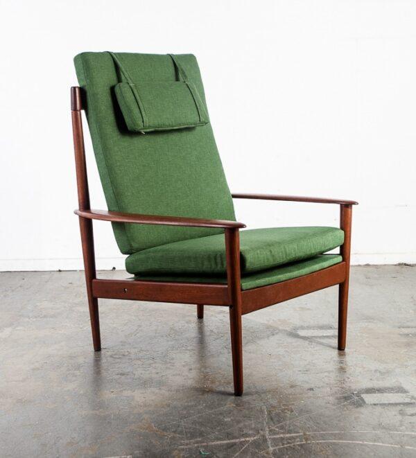 Mid Century Danish Modern Lounge Chair