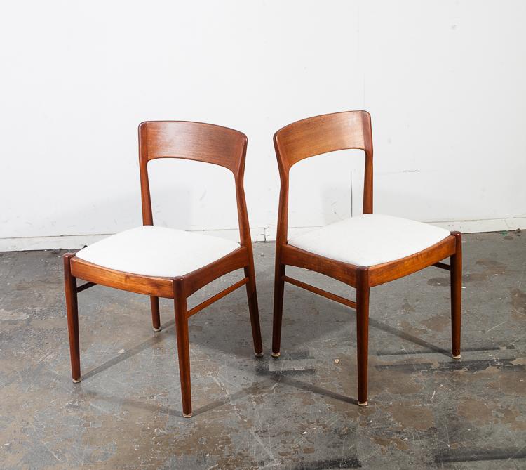 Mid Century Danish Modern Dining Chairs Moller 77 Teak