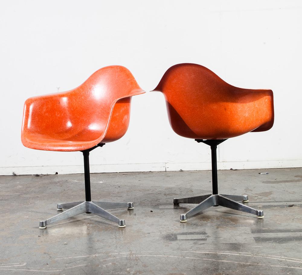 Mid Century Modern Lounge Chair Set Eames Herman Miller DAX Orange Red Arm  Shell X H Patent Vintage Fiberglass